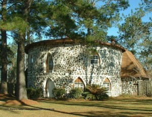 Dom z cordwoodu